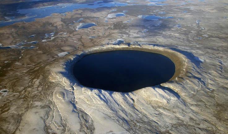 Pingualuit Krateri, Kanada Çapı: 3,44 km Düşme zamanı: 1,4 milyon yıl önce