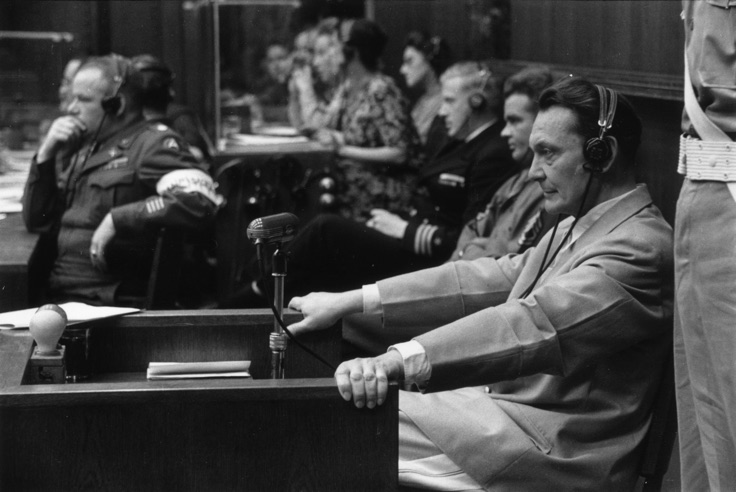"""Nürnberg Mahkemeleri"" / ""Nuremberg Trials"" Kurt Hutton - Picture Post - Getty Images   Orijinal yayın / Original publication: Picture Post - 4200 - Nuremberg Trials Yayım tarihi / Published: 1946 Nazi lideri Hermann Wilhelm Goering (1893 - 1946), idama mahkum edildiği Nürnberg Savaş Suçları Mahkemesi'nde, 1946."