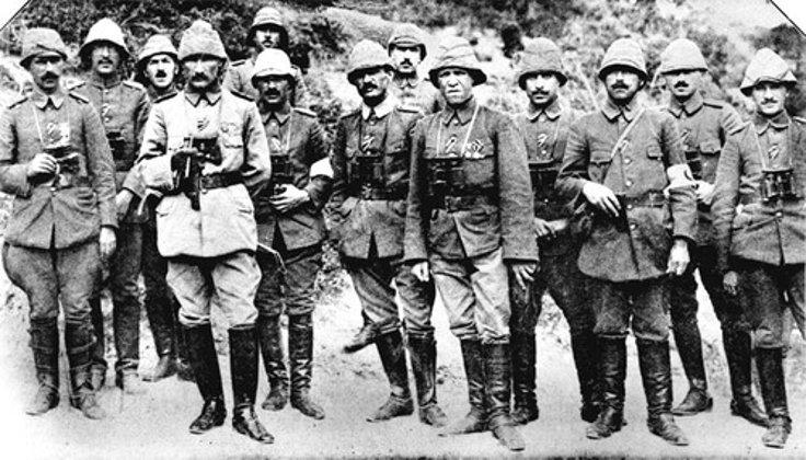 Atatürk, 1915'te Çanakkale Zaferi'nin kazanılmasında kilit rol oynamıştı.