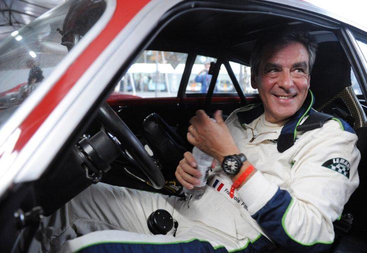 Fransa'da merkez sağın Cumhurbaşkanı adayı Fillon'un hobisi otomobil yarışı.