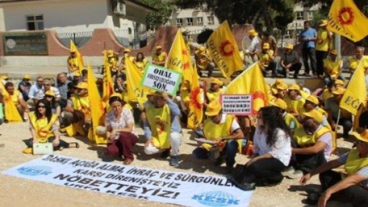 Eylül ayında yaklaşık 9500 üyesi açığa alınan KESK'in 2.5 aylık eylemleri sonucunda büyük çoğunluğu göreve iade edilmişti. (Fotoğraf Arşiv)