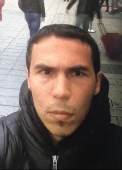 Katilin, saldırıdan önce Taksim'de selfie yaptığı görüntüler ortaya çıkmıştı.