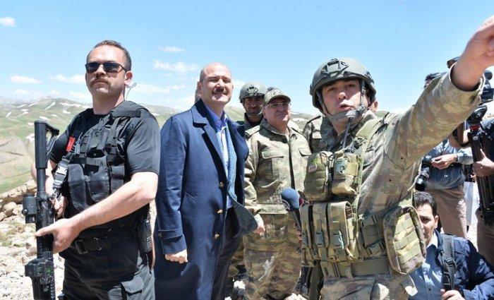 İçişleri Bakanı Süleyman Soylu, kısa süre önce Kato Dağı'na giderek, subaylarla görüşmüştü.