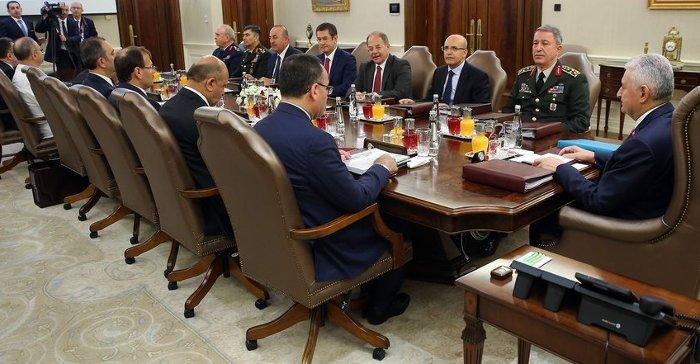 YAŞ toplantısı Başbakan Yıldırım başkanlığında toplandı.
