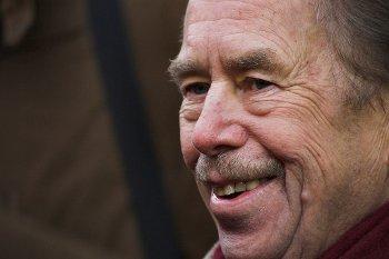 Aynı zamanda bir yazar olan Çek siyasetçi Václav Havel'in 17 Kasım 2008 günü çekilmiş bir portresi.