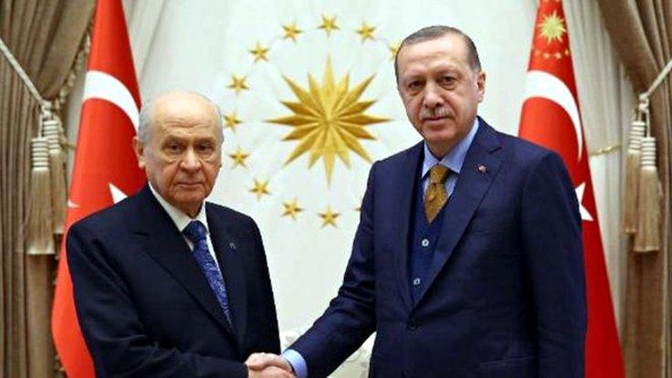 FT: Zayıf anketler Erdoğan'ı milliyetçilerle ittifaka zorladı