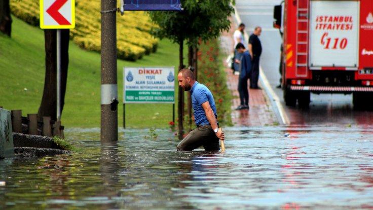 Meteorolojiden İstanbulda 10 ilçe için sel uyarısı