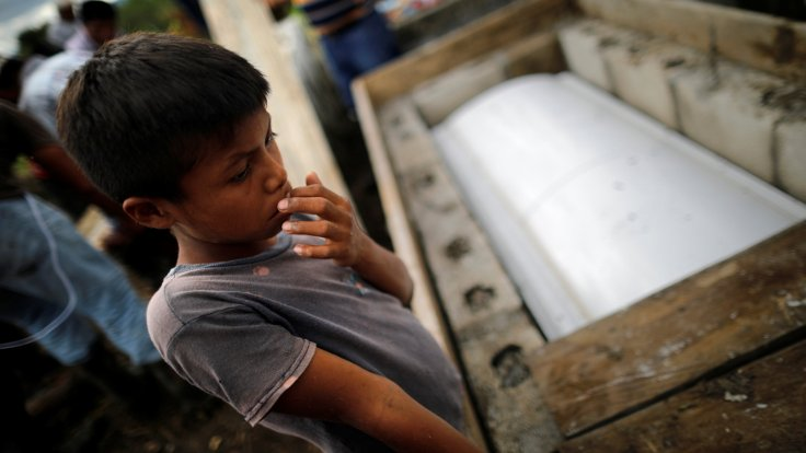 ABD sınırını geçen Guatemalalı bir çocuk daha gözaltında öldü ile ilgili görsel sonucu