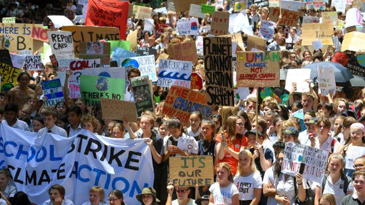 Avustralyada binlerce öğrenci iklim değişikliği eylemi için okulu kırdı 48