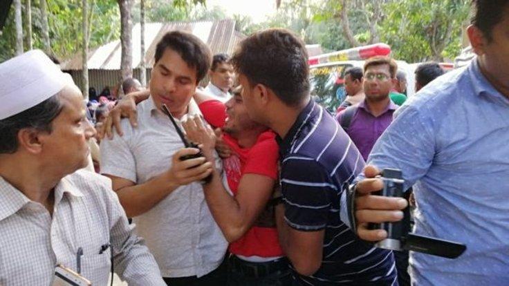 Bangladeş'te Nusret Cihan Rafi ile ilgili görsel sonucu